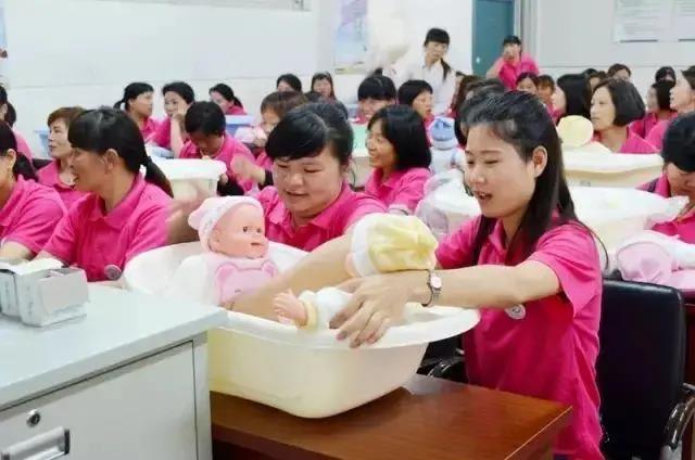 90后消费大军崛起 母婴电商市场迎来新增长点